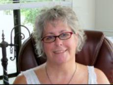 Leelee - Tarot Reading and Western Astrology